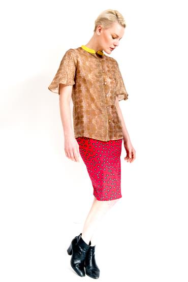 Antique Gold Printed Shirt Alice Red Print